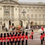 Букингемский дворец в Лондоне — легендарная резиденция английских королей