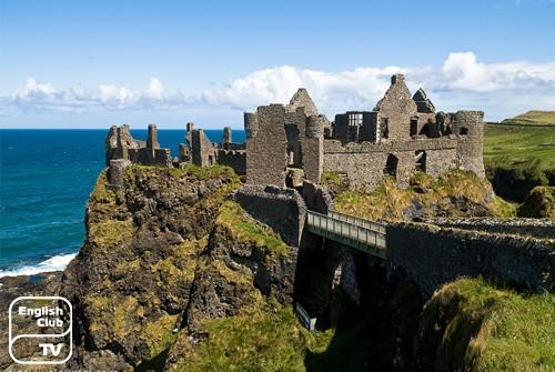 Замок Данлюс Северная Ирландия