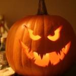 Праздник Хэллоуин: ночь страха и веселья