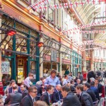 Get noted famous restaurants in London