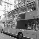 Знаменитые красные автобусы в Англии