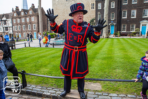 Yeoman Warder Tour Guide